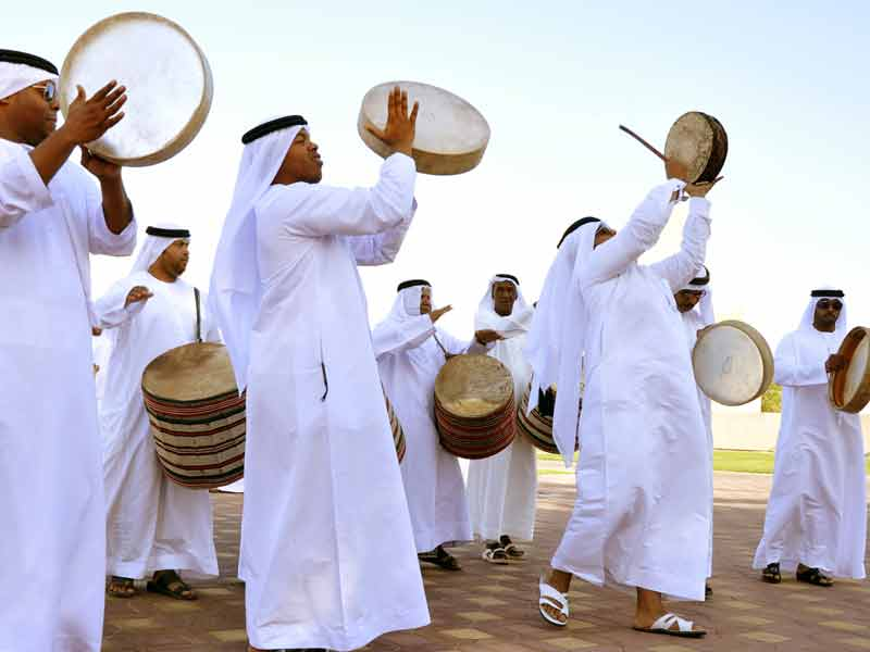 essay-about-uae-culture